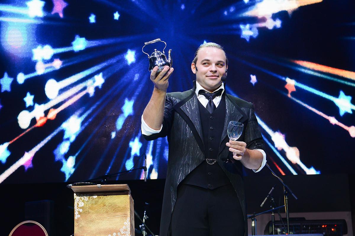 Гость премии: иллюзионист Александр Плотников